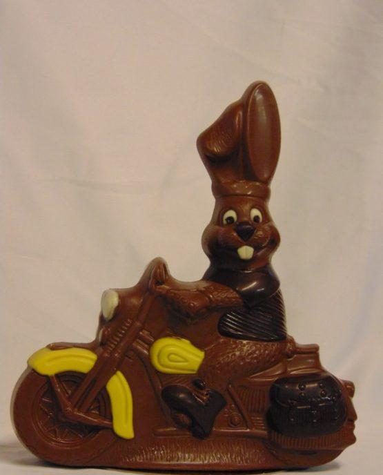 Danny de motorhaas in melkchocolade