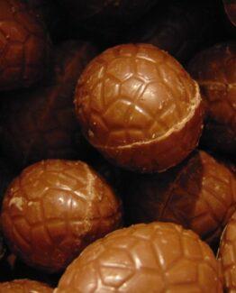 Paaseitjes in melkchocolade met praliné zonder papiertje Paaseitjes Melk Praliné