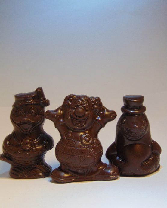 Suikervrije mini-figuurtjes in fondant chocolade Holgoed piepfiguren in fondant chocolade in fondant chocolade VDV Chocolaterie sint Sint Maarten Sinterklaas chocolade suikervrij holgoed melkchocolade witte chocolade fondant